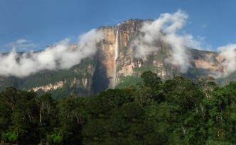 Angel_falls_panoramic_20080314